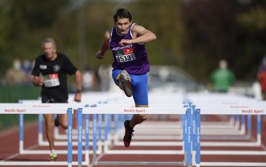 Frank Van Impe Belgisch Kampioen op de 80mH en het speerwerpen